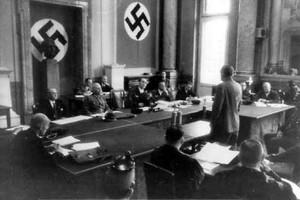 Nazistisk folkrättsdomstol