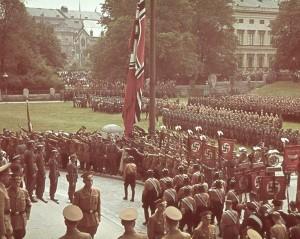 Uniformerade nazister från krigstiden