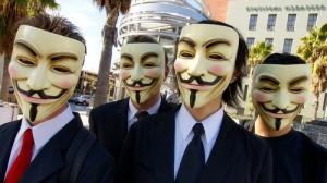 Personer med Guy Fawke-masker