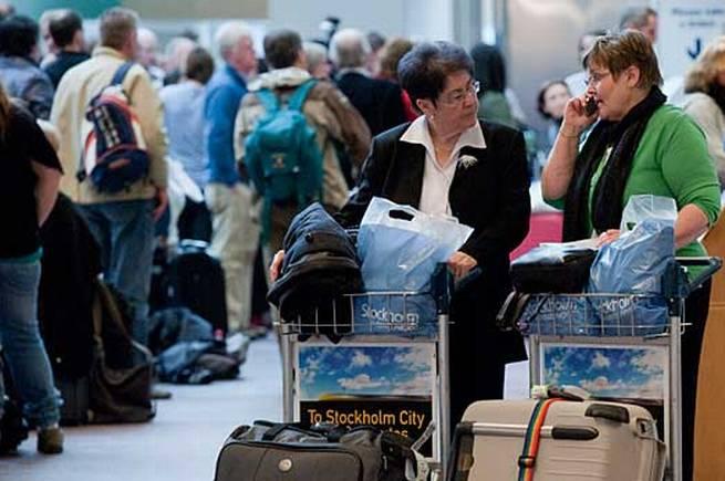 Det kan ju vara bra att få veta att, som här, flyget är försenat på grund av ett vulkanutbrott.